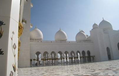 白色清真寺 (Sheikh Zayed Mosque)